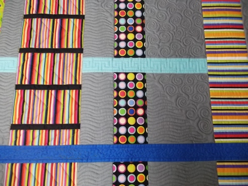 Strips & Bars quilting detail