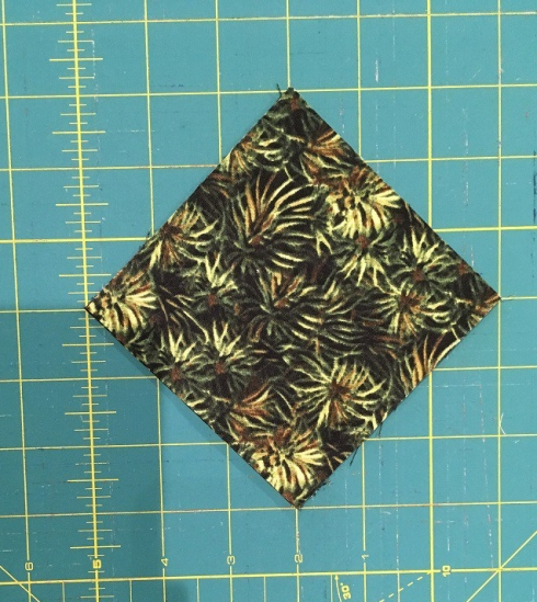 quarter square triangle cutting